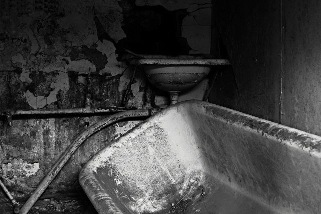 sink bath.jpg